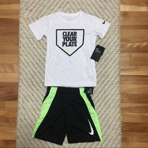 Nike Boys shirt and shorts Set